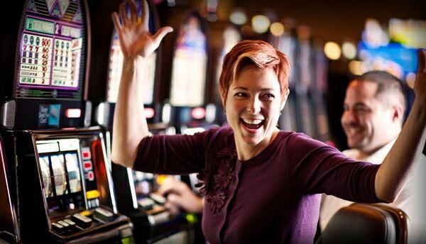 Виртуальная онлайн жизнь. Какая она в азарте?